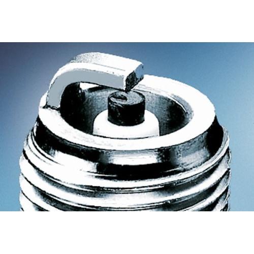 1 Zündkerze Bosch 0242240582 Nickel für